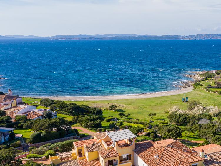 Appartamento fronte mare a Porto Cervo