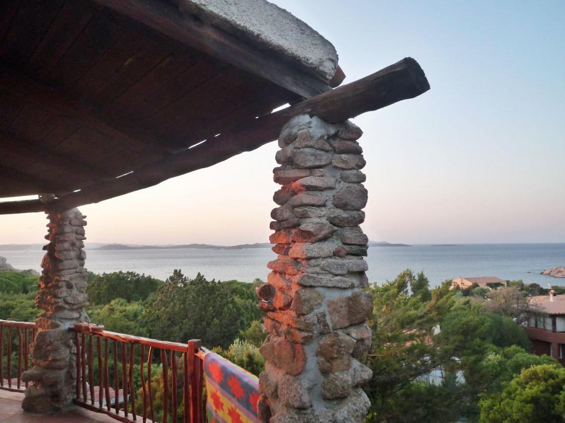 Villa vista mare a Baja Sardinia